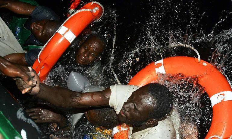 Migranti terribile anniversario, come un anno fa, centinaia di morti in mare